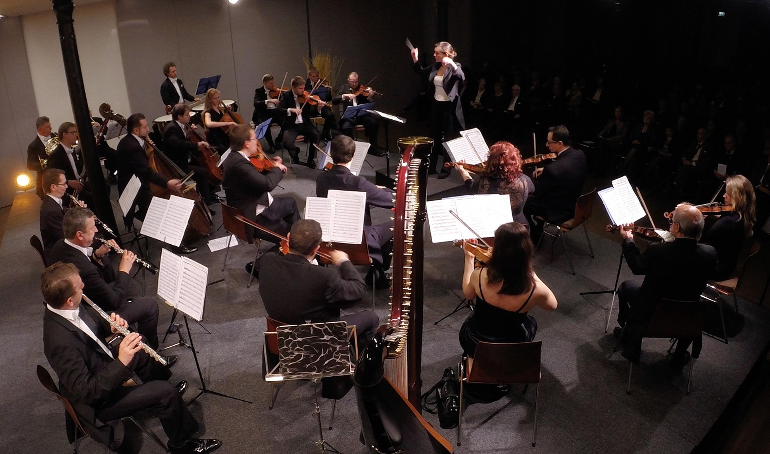 Petra Giacalone - Dirigentin, Pianistin Wien